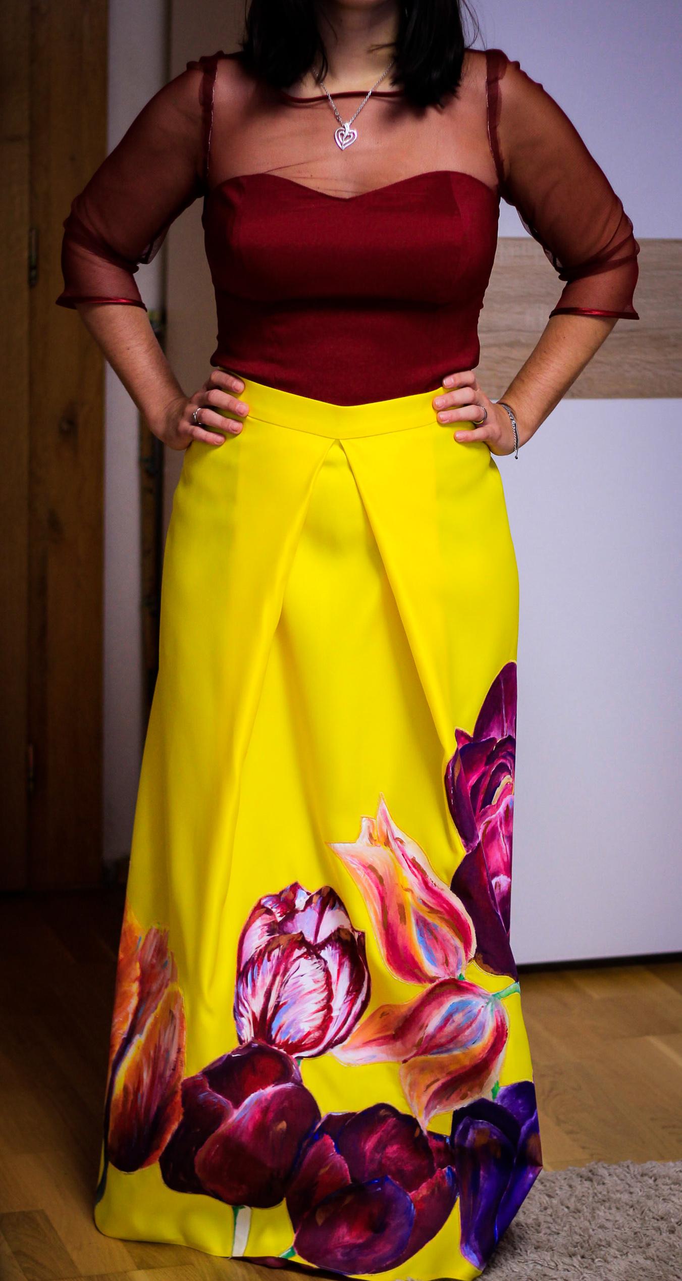 Maľba na sukňu - kvetiny
